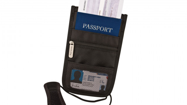 Travel Store - Id Boarding Pouch